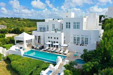 Anguilla Golf Villa Sea