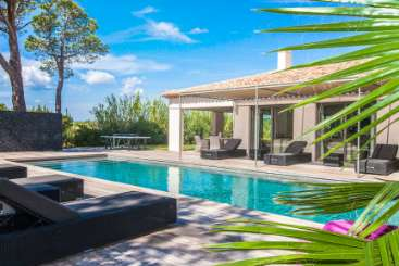 France Rockstar Retreat, Luxury Villa Entre plage et village