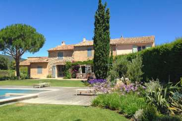 Exterior of Villa ACV FIG (Le Mas du Figuier) at Provence - Les Alpilles Area, France, Family-Friendly, Pool, 4 Bedroom, 2 Bathroom, WiFi, WIMCO Villas