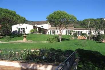 France Family Reunion Villa 345