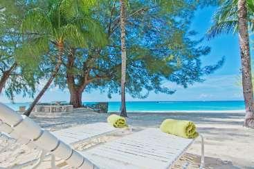 Grand Cayman, Cayman Islands Beachfront Villa White Sands - 1 Bedroom