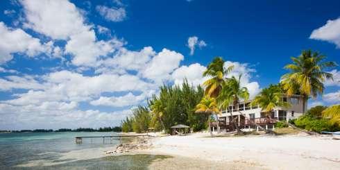 Grand Cayman, Cayman Islands Value Villa Mahogany Cove