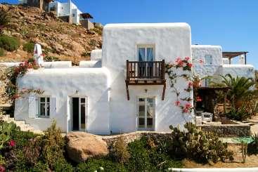 Mykonos & Santorini Greece Beach Vacation Villas | WIMCO Villas