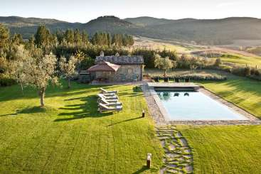 Italy Rockstar Retreat, Luxury Villa Tersicore