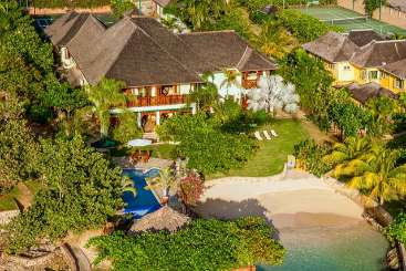 Jamaica Rockstar Retreat, Luxury Villa Whispering Waters