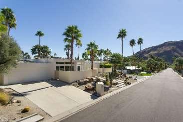 Exterior of Villa PSR MRO (Martini Rose) at Palm Springs, Palm Springs, Family-Friendly, Pool, 4 Bedroom, 4 Bathroom, WiFi, WIMCO Villas
