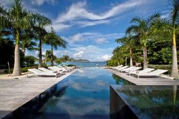 St Barths Incredible Pool at VillaPalm Beach