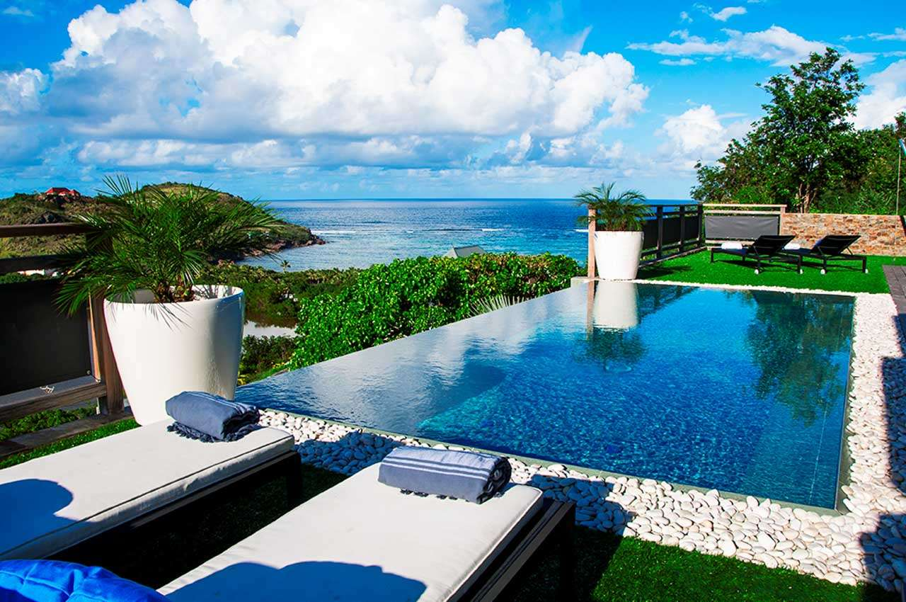 Open Space, Caribbean Villa Special, Reduced Rate for New Bookings