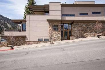 Exterior of Villa SNV EST (East Fifth Street) at Sun Valley, Sun Valley, Family-Friendly, No Pool, 4 Bedroom, 5 Bathroom, WiFi, WIMCO Villas