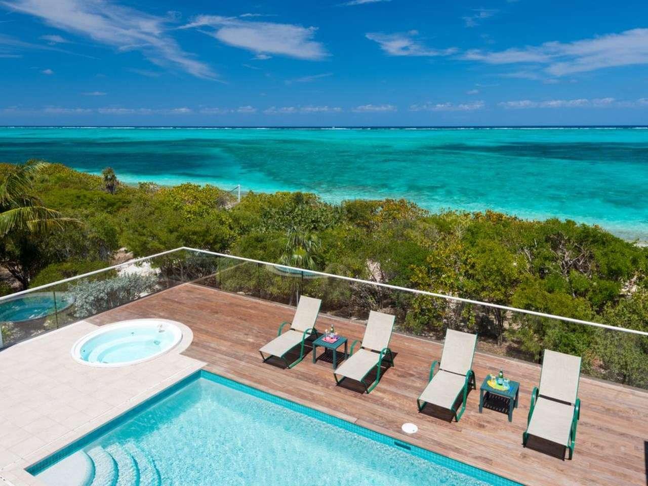 Dawn Beach, Beachfront Villa, Turks and Caicos, TNC DAW