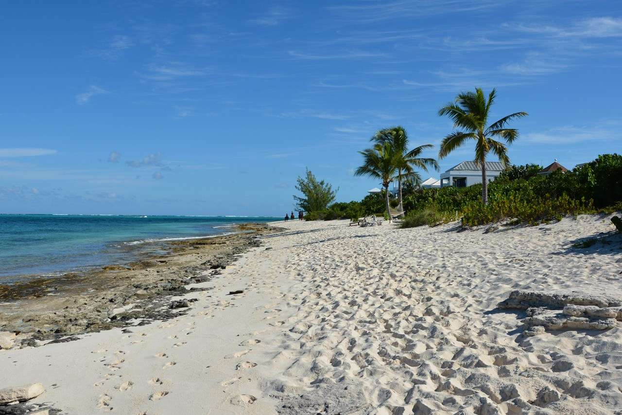 Ballyhoo, Romantic Retreat, Honeymoon Villa, Turks and Caicos, TNC HOO