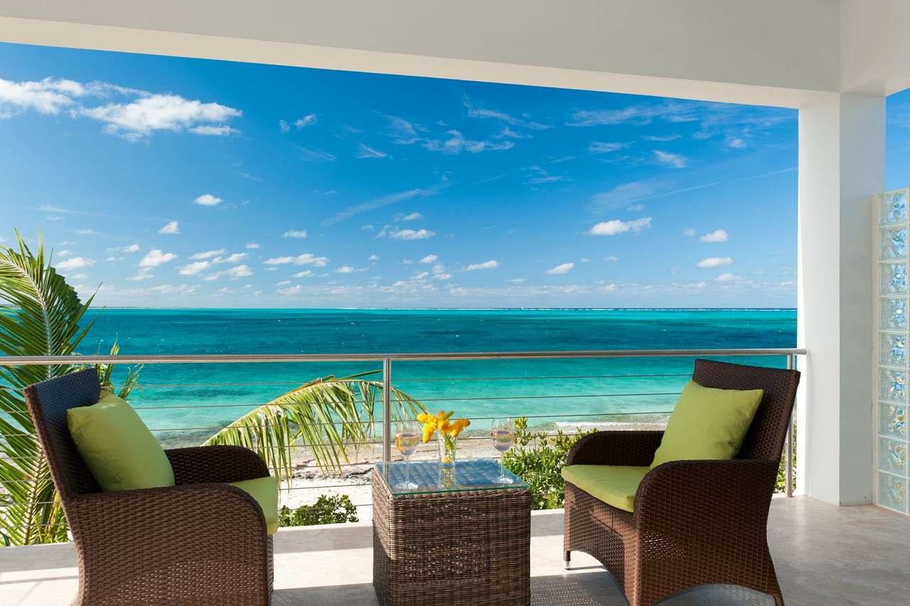 Ocean Edge - The Cottages at Grace Bay, Romantic Retreat, Honeymoon Villa, Turks and Caicos, TNC OED