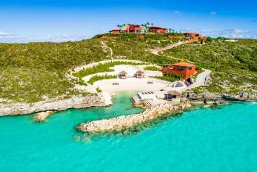 Turks & Caicos All-inclusive Villa with Staff Bajacu