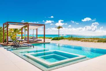 Turks & Caicos All-inclusive Villa with Staff Vision Beach