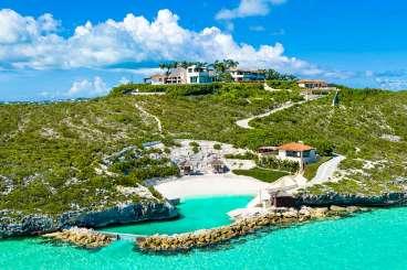 Turks & Caicos All-inclusive Villa with Staff Bajacu