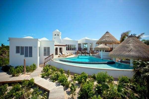 Turtle Breeze, Beachfront Villa, Turks and Caicos, TNC TBZ